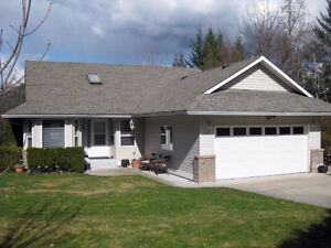 Exclusive Listing in Blind Bay! Amazing Home!!