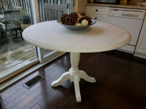 Refinished Round Pedestal Farmhouse Drop Leaf Dining Table