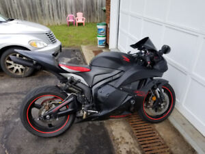 PENDING SOLD : CBR600RR with full Woolich Racing ECM and extras