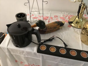 Kettle/. Plate holder. Candle and tea lights 5. Small accent lig