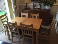 Extendable dining table and six chairs £100