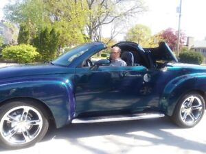 2005 CHEVROLET SSR CONVERTIBLE**BLUE**MINT CONDITION