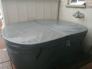 4 Seater Hot Tub - Plug and Play