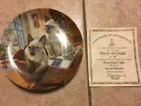 SIAMESE CAT COLLECTIBLE PLATE