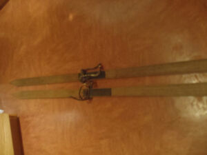 Antique Cross country skis