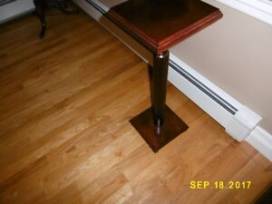Bombay plant stand in great condition.  Moving sale..........