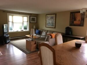 Bright and Large 3 Bedroom 1 Bath in Bungalow, Barrie