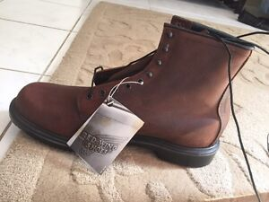 Work boots size 15 D