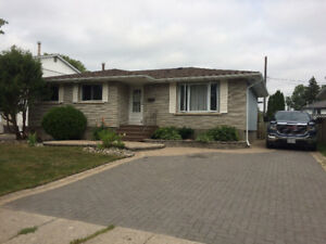 Students: Three Bedroom Shared House Rental