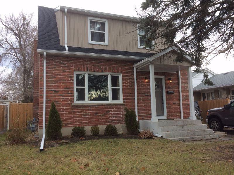 3 Bedroom In North Oshawa Sunset Heights Public School Distric House Rental Oshawa