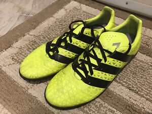 Adidas Neon Predator Men Size 10 for Turf