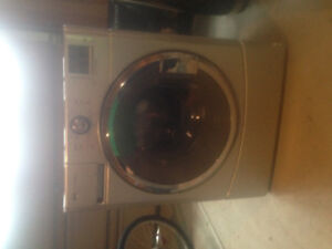 May tag front load washer