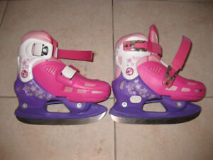 Barbie ice skates adjustable Y11 to Y8