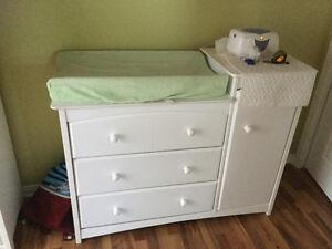 Mobilier pour chambre de bébé