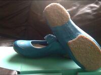 Ladies Clark shoes size 6