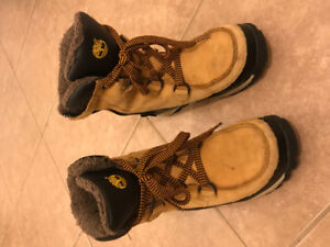 Youth Boys Winter Boots Size 3