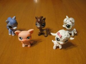 LITTLEST PET SHOP LOT #52 PIG LAMB AND 3 HORSES