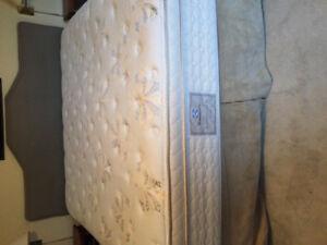 King size mattress,box spring and frame.SealyPosturepedic.