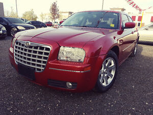 ▀▄▀▄▀▄▀► CHRYSLER 300 - SUPER CLEAN - $6995 ◄▀▄▀▄▀▄▀