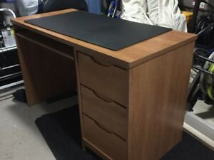 Great desk for sale! Ready for you to own.