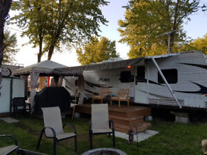 Roulotte Puma 30 pieds - Camping St-Tropez - Tout inclus