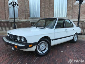 Looking for BMW E28 533i or 535i