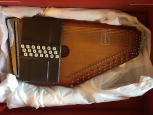 Selling Mom's AutoHarp - It's okay, she knows about it :)