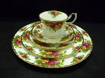 """Royal Albert Bone China """" Old Country Roses """" 5 Piece Place Setting"""