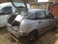 Breaking for spares Ford Focus 2004 5 door hatchback petrol