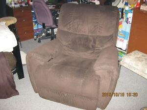 Lazyboy recliner massaging chair