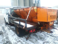 Gasoline Salt Spreader (Salter) @PICnSAVE Woodstock Woodstock Ontario Preview