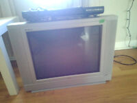 18 inch rca flat screen tv and insignia dvd player