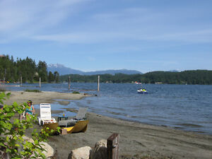 Recreational Waterfront summers at Sproat Lake!