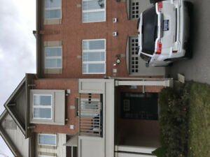 Beautiful 2 Bedroom Townhouse on Outskirts of Milton