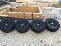 31x10.5 inch tires mounted on Toyota pickup/4Runner rims