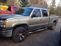 2003 chev hd 4x4 with plow