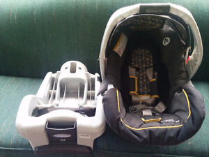 Graco infant car seat for sale!