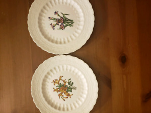 Set of 4 Spode England's collector's plates