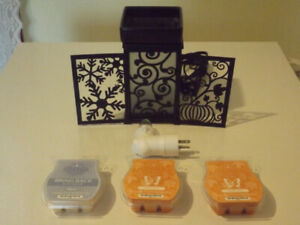 Scentsy burner with accessories
