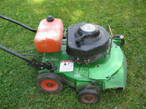 COMMERCIAL  LAWNBOY  LAWNMOWER
