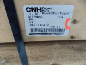 2 CNH CASE IH 379708A3 HUB NEW