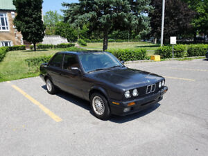 BMW 318is e30 1991 coupe manuelle / 5 speed - Diamantschwarz