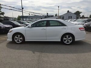 2011 TOYOTA CAMRY SE * POWER GROUP * EXTRA CLEAN London Ontario image 3