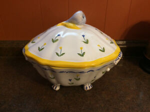 Soup Tureen, Pottery, Made in Italy