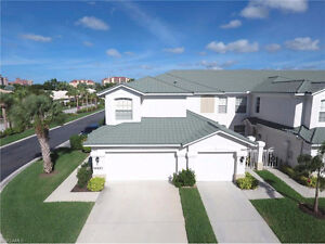 *Located in Fort Myers,Florida,USA*Condo with 2 Car Garage*Gated