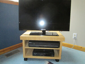 Ikea TV/DVD player/Satellitre receiver stand
