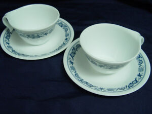 493 3 Blue Onion Old Town Corelle Hook Handled Coffee Cups $15