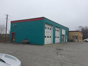 AUTO REPAIR GARAGE FOR LEASE