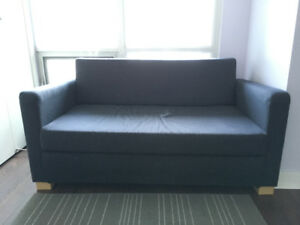 Solsta Ikea couch/futon/pull out