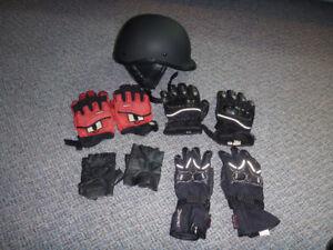 gants et casque de moto